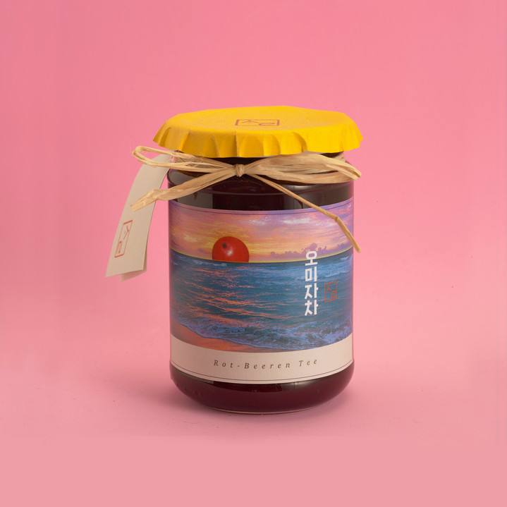 """Package Design Assignment """"Korean Traditional Berry-Tee"""""""
