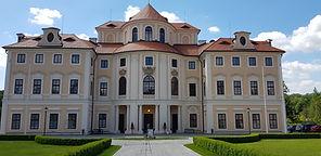 Konferenční centrum AV ČR, Hotel**** zámek Liblice