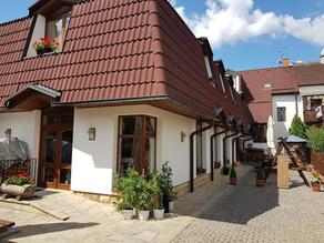 VR 360 video - Hotel U Kapra, Lázně Bělohrad