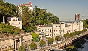 Procházka po kolonádě, Karlovy Vary