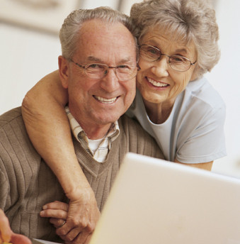 More Elderly Ordering Online, Study Finds