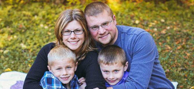 Stephanie-Swett-Family-480.jpg