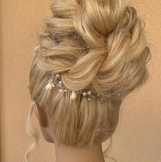Bridal hair high bun