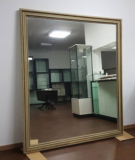 Espelho / Large mirror