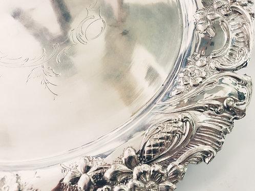A salver silver