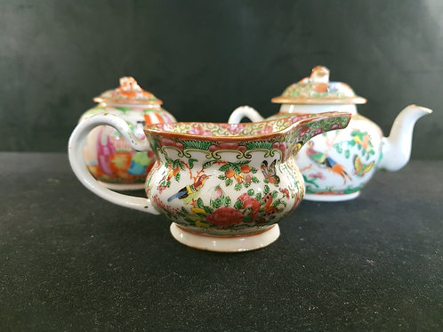 A set of 3 pieces in chinese porcelain / serviço 3 peças porcelana chinesa