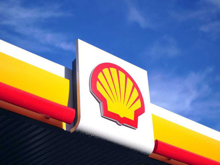 Shell raises dividend as it seeks to woo shareholders