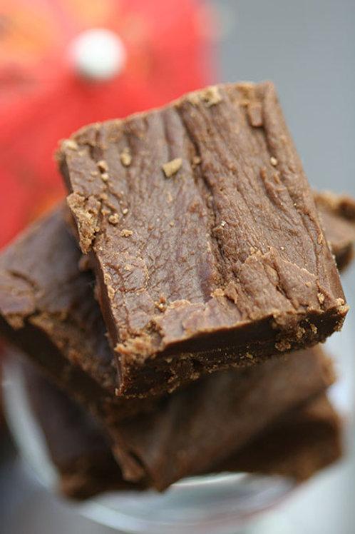 1/2 lb Chocolate Fudge