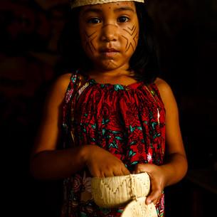 Wuilleiry Jimenez, 4 anos - Warao.  Kaubanoko - Ocupação de refugiados venezuelanos em Boa Vista.  Boa Vista, RR - Brasil.
