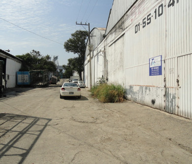 Calle de acceso.JPG