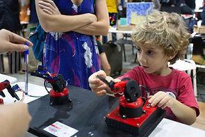 braço roboticos arduino