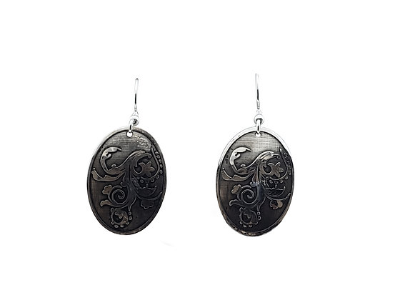 Oval Wisp Earrings