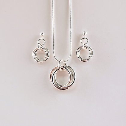 #S821 Mobius Set Silver
