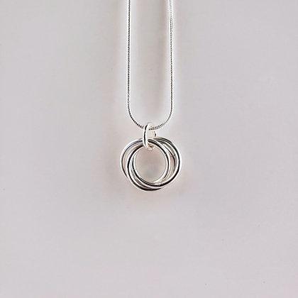 #P821 Mobius Pendant Silver