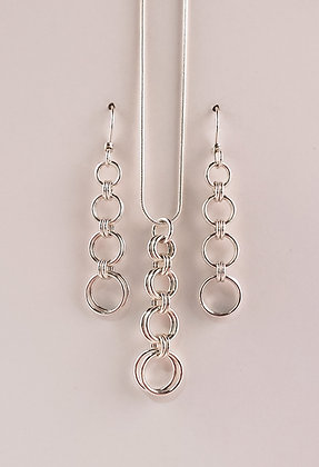 #S823 2 in 2 Graduated Set, Silver