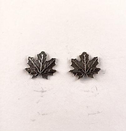 #E907 Maple Leaf Stud Earrings