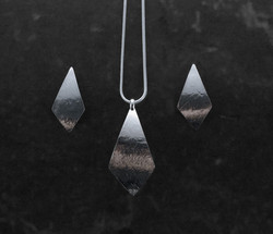 Teardrop textured set $54-1
