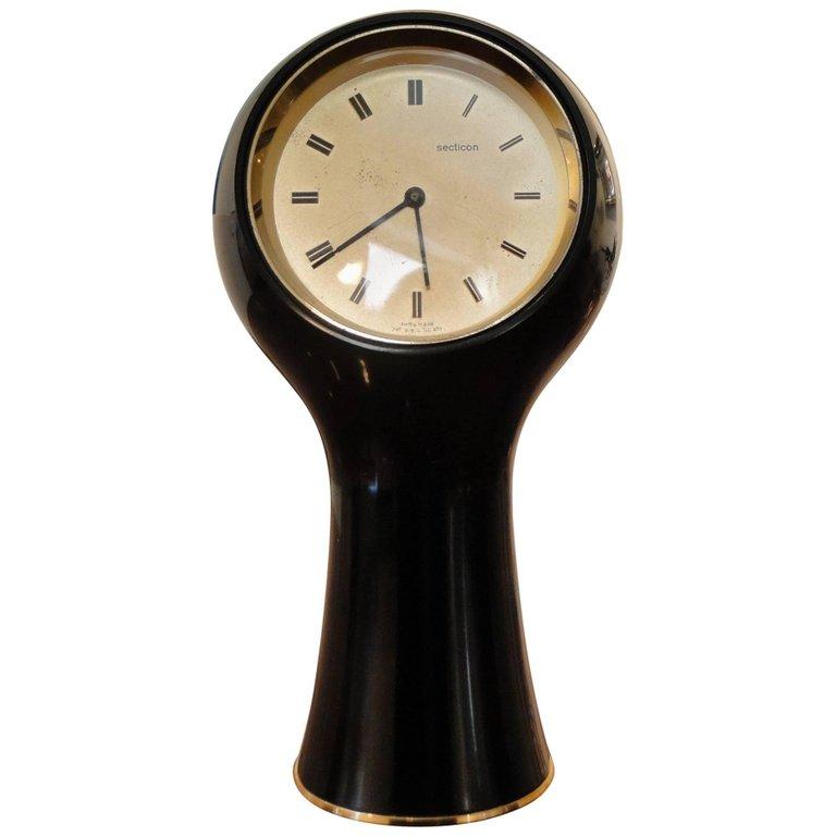 Angelo Mangiarotti 'Secticon' clock