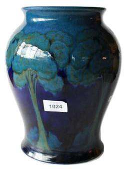Early Moorcroft pottery vase, 'Moonl