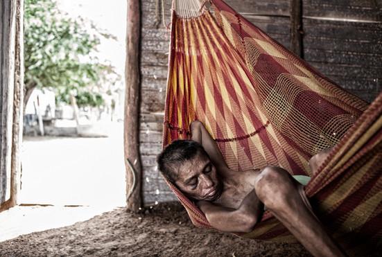 Zuly Soto (34) duerme bajo un intenso calor. Barranquitas, Zulia. Venezuela. 2015