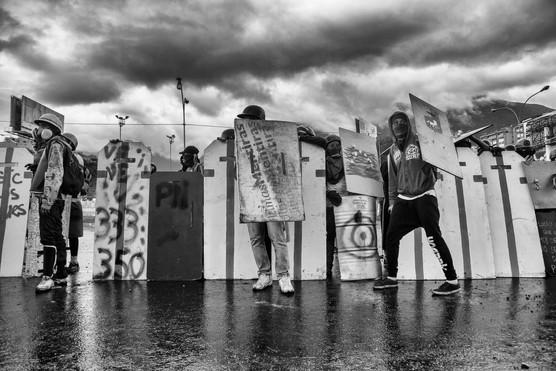 Barricada frente a la base aerea la Carlota. Caracas 2017
