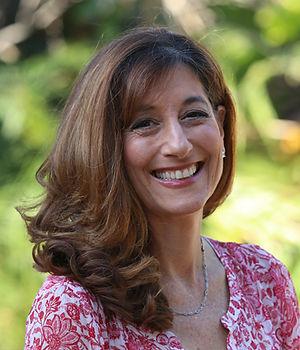 Julie Green 1.jpg