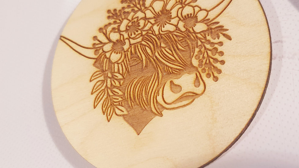 Highland cow engraved 10cm wooden bauble