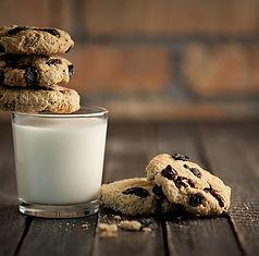 Milk_Cookies.jpg