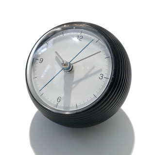 EARTH CLOCK BLACK