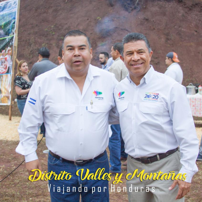 Julio Avilez junto a Emilio Silvestr