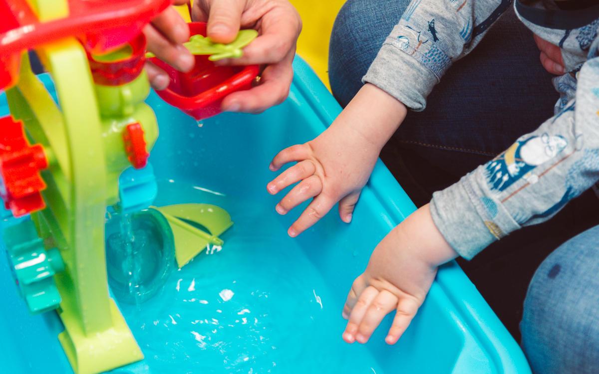 lapsen kuntoutus, vesileikit