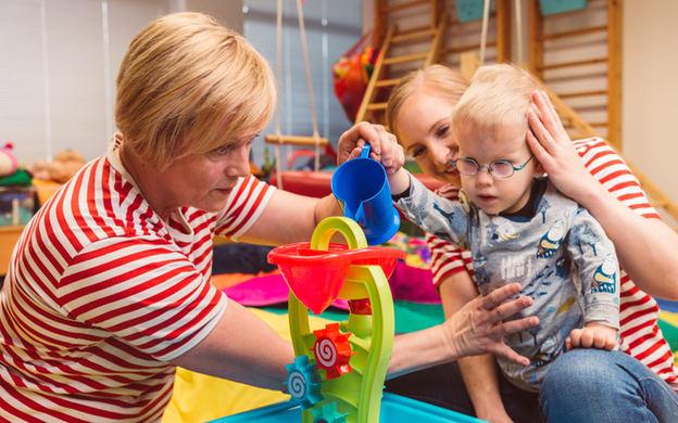 lapsen toimintaterapiaa
