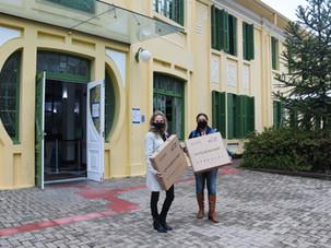 Riole doa plataformas de desinfecção de calçados para entidades de Curitiba
