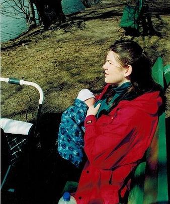 Heather Bingham Breatfeeding her newborn son