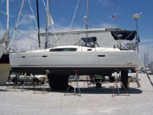 2009 Beneteau 40 - Heelin' Good.jpg
