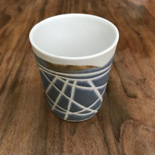 Porcelain beaker, £25 Please email or text Siglint Kessler 07730871780