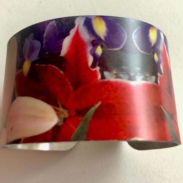 'Kew Flowers' Aluminium bangle. £42  Monica 07887677332