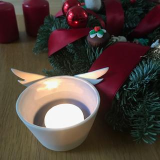Angel wing tealight, porcelain, £ 16 Please email or text Siglint Kessler 07730871780