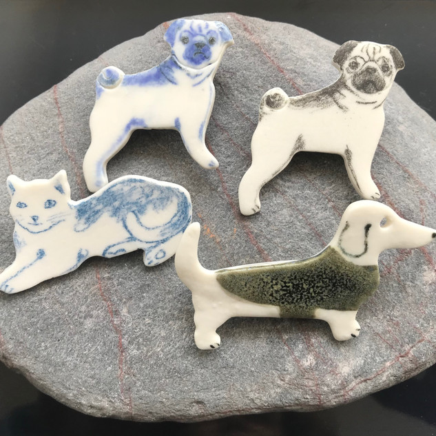 Pug / Dachshund / Cat  brooch, £8 Please email or text Siglint Kessler 07730871780