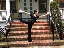 Photo of acupuncturist and yoga teacher Annora Cheng in dancer's pose