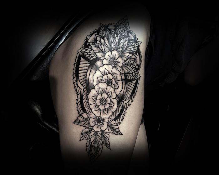Floral Ornamental piece for Maddie 18'