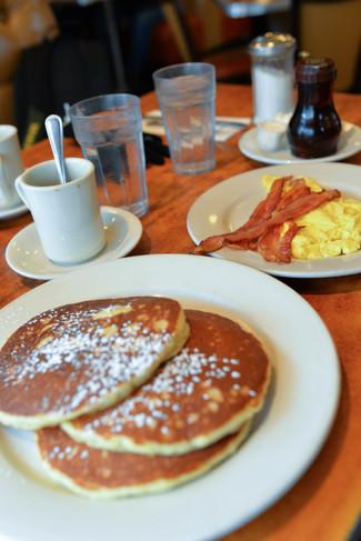 New York: Oooh I want to breakfast.