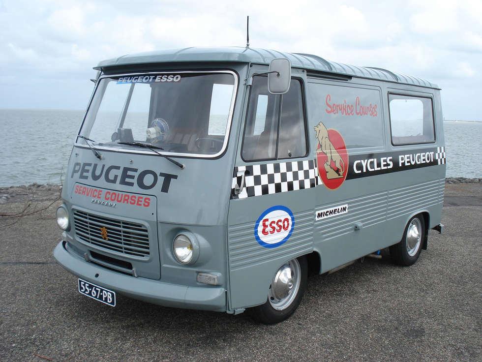 Peugeot J7_Vintage.jpeg