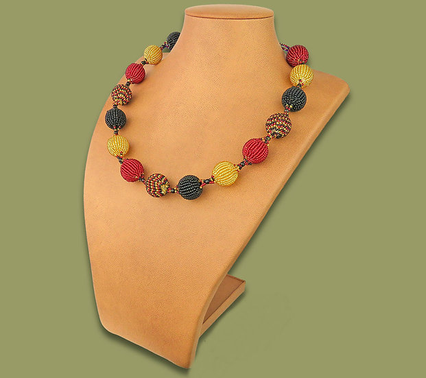 Beaded Bobble necklace (Red/Gold/Black)
