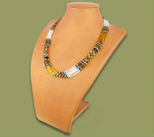 Beaded Mvovo necklace (Gold/Silver/Black)