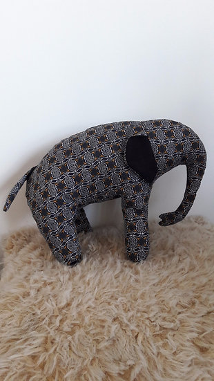 Patterned Eles in Black/Mustard accents