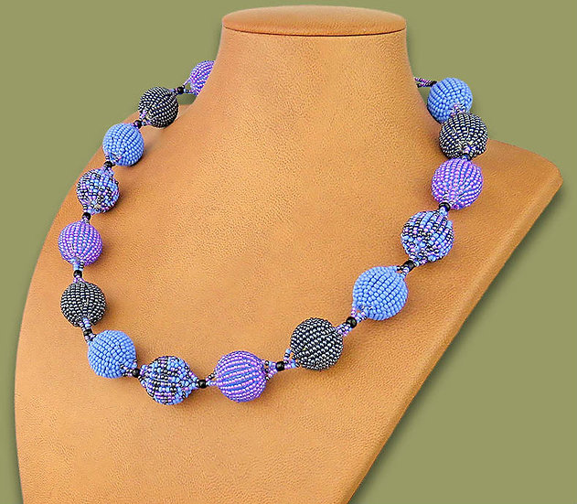 Beaded Bobble necklace (Lilac/Blue/Metallic)
