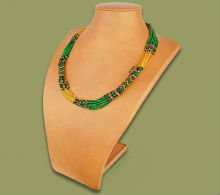 Beaded Mvovo necklace (Green/Gold/Black)
