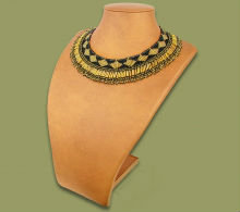 Beaded Thandi collar necklace (Black/Gold)