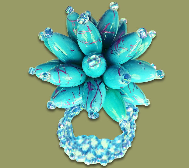 Statement beaded flower ring (Turquoise)